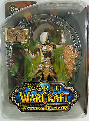 World of Warcraft Human Priestess Sister Benedron series 3 Action-Figure