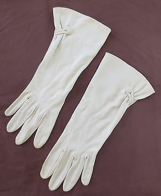 Glamorous Kayser latte vintage dress gloves with button and loop size 7.5