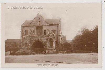 Early Postcard,Nottinghamshire, Worksop, Priory Gateway, RP