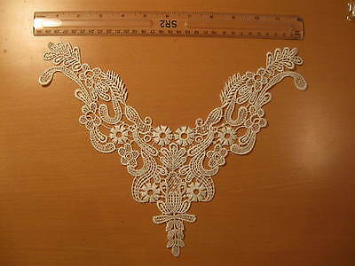 One Neckline Neck Collar Off White Lace Trim (L2)