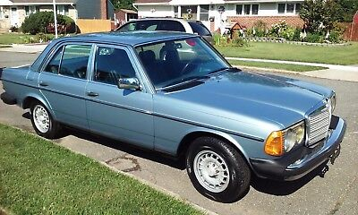 1985 Mercedes-Benz 300-Series W123 GORGEOUS SUPER RARE DIAMOND BLUE LAST YEAR W123 96K MILES LOW COST SHIPPING 300D