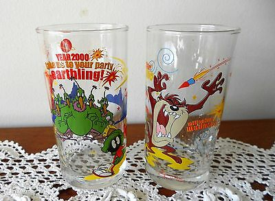 Set Of 2 X Year 2000 Millenium  Looney Tunes Ixl Collectables Glasses