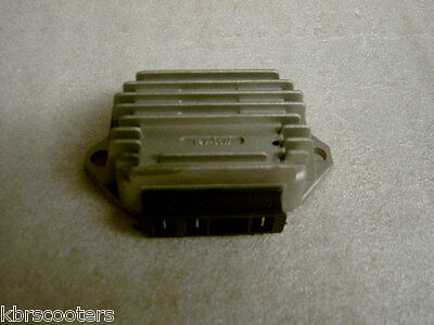 Lambretta 3 Pole Rectifier/regulator For Use With 12 Volt Electronic Kits
