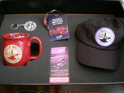 Roger Waters ~ Us and Them ~ Executive V.I.P Tour Gift Pack ~  Limited Edition
