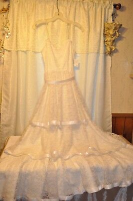 Vintage 1980's Women's Small White Wedding Dress 32' Size Bust