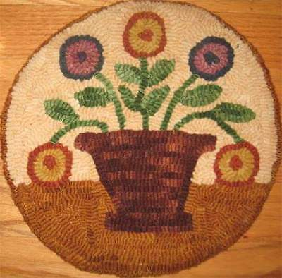 Beginner primitive rug hooking kit, hooked, posy pot, linen, wool