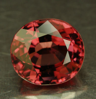 SPINELL   Vietnam    tolle Farbe      2,66 ct