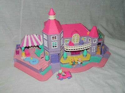 Polly Pocket Magical Mansion Figures Playset Pollyvile Light Up