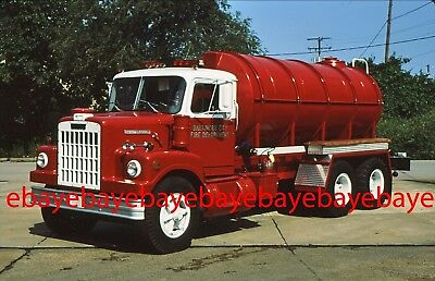 Fire Apparatus Slide, Foam-Tender, Baltimore City / MD, 1974 White