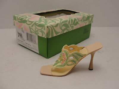Just The Right Shoe By Raine 2002 (Sunday Best) #25376 NIB