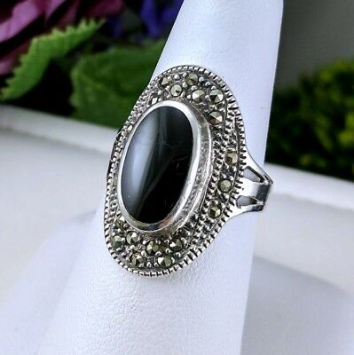 Lovely Vintage 925 Silver Marcasite Oval Ring