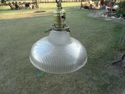 19786 Vintage Art Deco Hanging Light Fixture / / Antique Lamp with Glass Shade