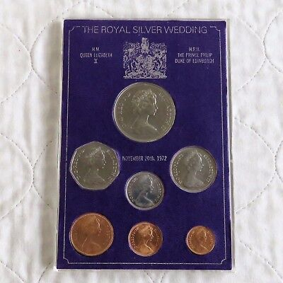 THE ROYAL WEDDING 7UNCIRCULATED SET WITH CROWN - cased