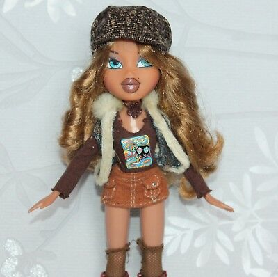 Bratz Yasmin Doll with Wavy Brown Hair Blue Eyes Mini Skirt Boots Hat