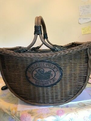 Marshall Fields Basket Gourmet Big
