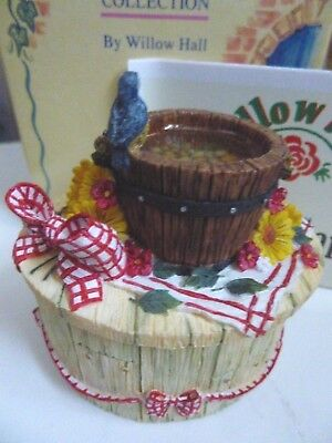 Boxed Willow Hall Country Garden Collection Bird Bath Trinket Box Ornament