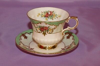 Paragon STOKE-ON-TRENT Fine Bone China Teacup & Saucer Duo ☆ Mint Green BURGHLEY