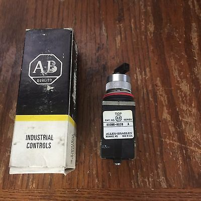 Allen Bradley 800MR-HH2BBK  SELECTOR SWITCH 22.5MM 2POS MAINTAINED 2NO/2NC