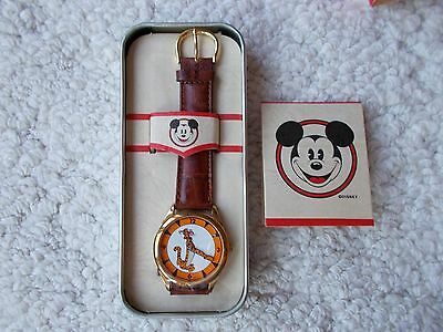 Tigger Disney Fossil, Arms Point Time, Rare Unworn Mans Easy Read Watch NEW!!!!