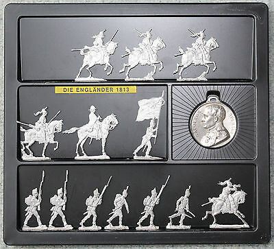 Zinnfiguren Tin Flat Figures of English Napoleonic Troops in presentation box