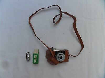 KUNIK WALTER PETIE Sub Miniature Camera plus Case and Film 1950's