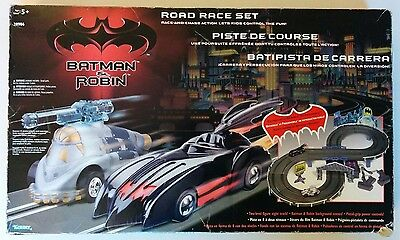 BATMAN and ROBIN Road Race Set Slot Car Battery Remote Control DC 1997 Toy WORKS