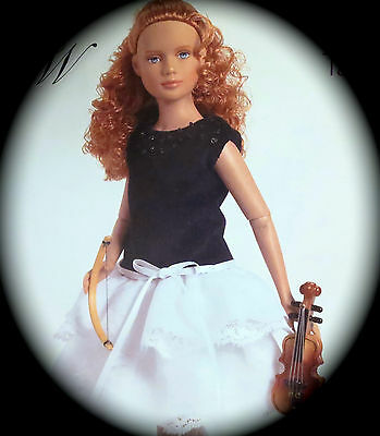 Violin FIRST Chair MARLEY -dressed doll -PRISTINE in SHIPPER nfrb w VIOLIN NEW