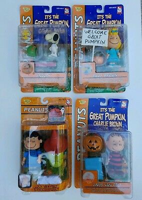 2002 PEANUTS It's The Great Pumpkin Charlie Brown Halloween Figures New Lot Of 4