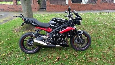 Triumph Street Triple R ABS 2014 675 Excellent Condition