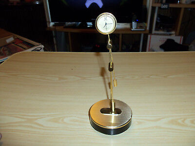SEIKO QUF103G Articulated Pendulum SWING Desk Clock - Tested And Working