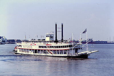 35mm KODACHROME SLIDE: NATCHEZ, TRADITIONAL RIVERBOAT (REPLICA?) NEW ORLEANS
