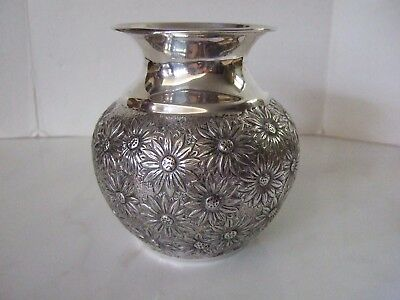 Vintage Sterling Silver Vase with All Over Daisy Flower Repousse 9 troy oz.