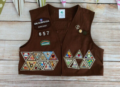 Girl Scouts Vest With 50 Patches Badges 3 Pins Youth Brown Brownie Suncoast