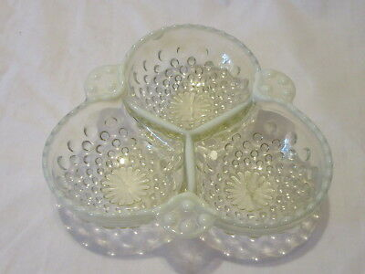 Moonstone Small Clover Shaped Divided Dish