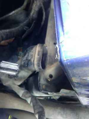 2007 Ford Territory Battery Tray #B972