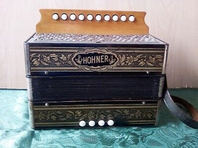 """Hohner I Row Melodeon In """"C"""""""