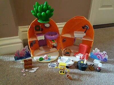 spongebob squarepants pineapple house playset