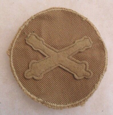 Wwi Unique Artl. Pfc Variant Felt Cannons On Brown Ribbed Twill Disc Emb Border