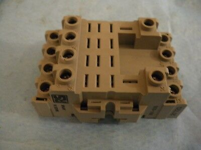 4 pole DIN rail surface relay socket RS 351 538