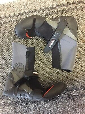 Wetsuit Boots Rhino Size men's 8 with carry bag