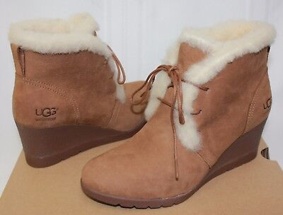 2a2ef59c0f7 UGG AUSTRALIA WOMEN'S Jeovana Boots Classic Suede Shoes 1017421 ...