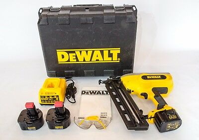 DEWALT DC610KN XRP 12v/14.4v 16G Finish Nail Gun with 3 Batteries and Charger