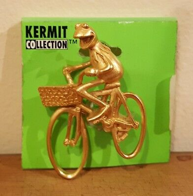 Muppets Vintage Kermit Collection Kermit on bicycle pin NEW RARE