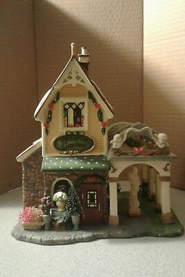Santa 39 s workbench victorian series 2003 riverview manor for Classic house 2003