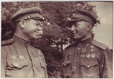 RUSSIAN WWII PRESS PHOTO: PILOTS OF 16th AIR ARMY, HEROES OF SOVIET UNION