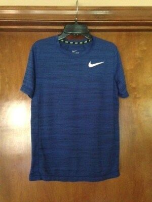 Nike Boy's T- Shirt Blue Size Youth Large 14/16 FAST SHIPPING