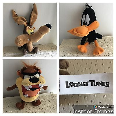 Lot De 3 Peluches Looney Tunes Toons Coyote Daffy Duck Taz
