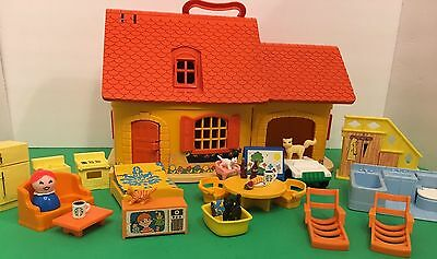 Vintage Fisher Price Little People Cat Lady Cottage 25 piece lot