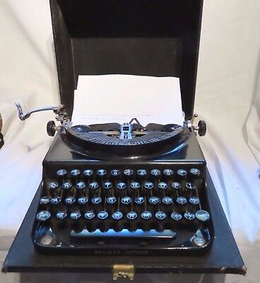 Vintage Remington Deluxe Junior Portable Typewriter, 1938-41