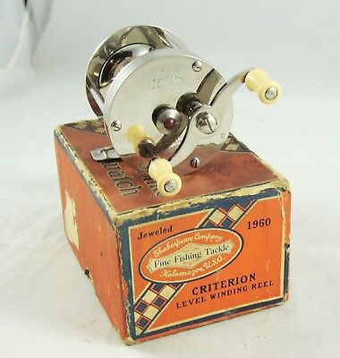 Super Clean SHAKESPEARE CRITERION No. 1960 Model 26 Casting Reel + Box - Vintage